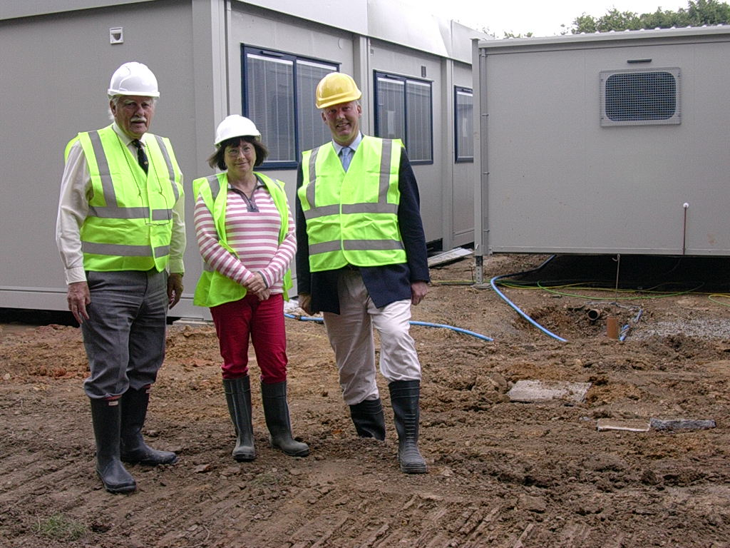 Bill Wiggin MP on site at temporary replacement of Colwall School